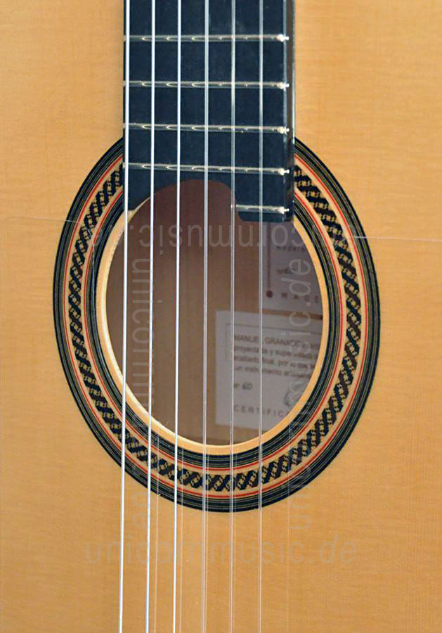 to article description / price Spanish Flamenco Guitar CAMPS PRIMERA A NEGRA - all solid - spruce top