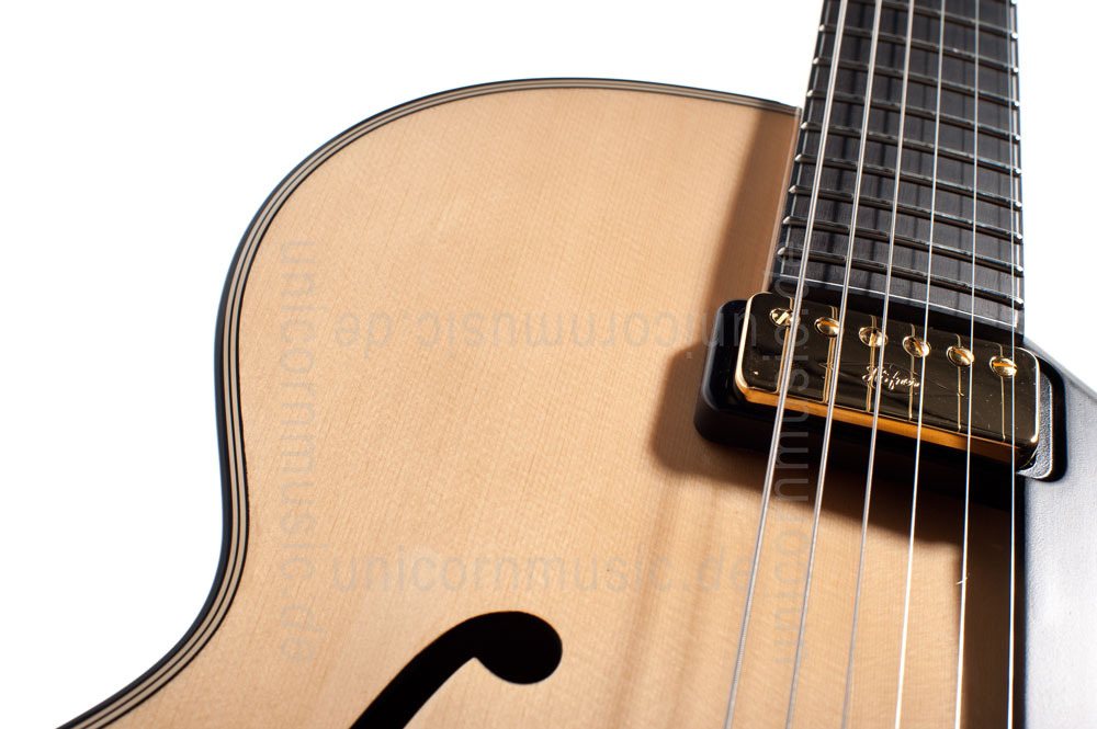 to article description / price Full-Resonance Archtop Jazz Guitar HOFNER NEW PRESIDENT HNP-N-0 + hardcase - solid spruce top
