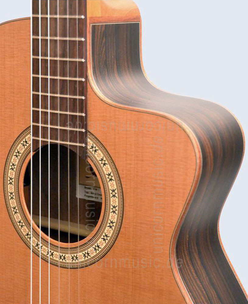 to article description / price Spanish Crossover Guitar CAMPS CW1 - solid cedar top