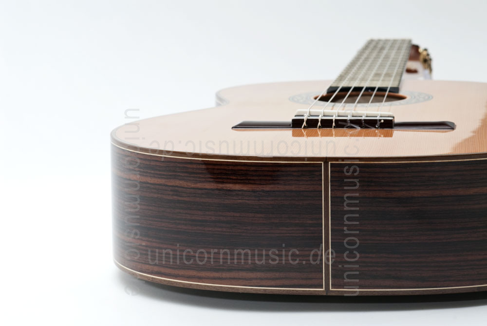to article description / price Spanish Classical Guitar JOAN CASHIMIRA MODEL 130 Cedar - solid cedar top