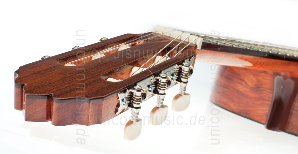to article description / price Spanish Classical Guitar JOAN CASHIMIRA MODEL 20 - solid cedar top