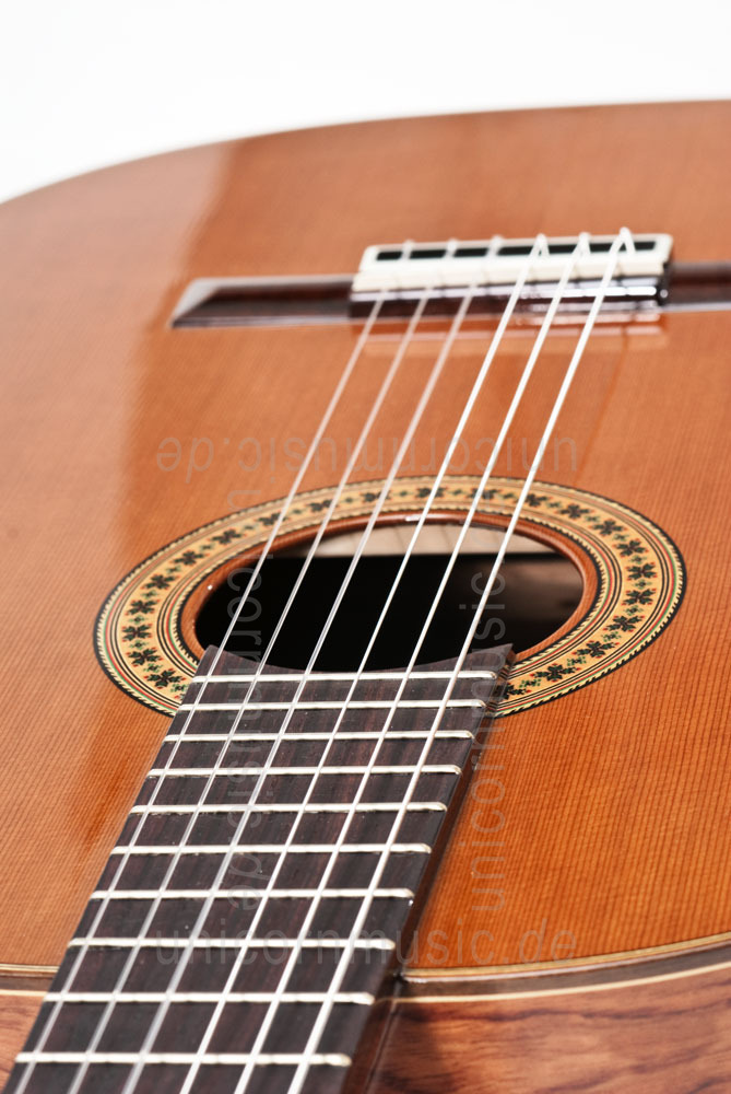 to article description / price Spanish Classical Guitar JOAN CASHIMIRA MODEL 56 - solid cedar top