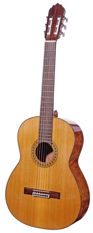 Spanish Classical Guitarist : spanish classical guitar joan cashimira model 56 solid cedar top factory new buy at www ~ Vivirlamusica.com Haus und Dekorationen