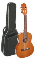 Classical Guitar - SALVADOR CORTEZ MODELL CC-22-SN (ladies' guitar) - solid cedar top