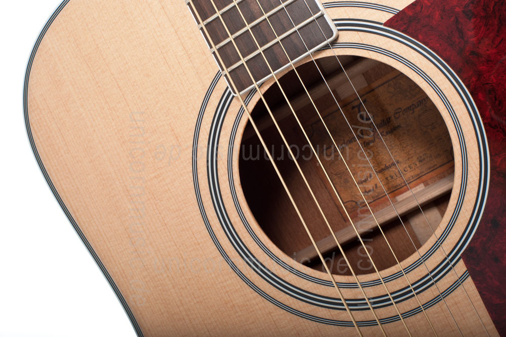 to article description / price Acoustic Guitar TANGLEWOOD TW15/NS CE - Sundance Series - Fishman Presys Plus EQ - Cutaway - all solid
