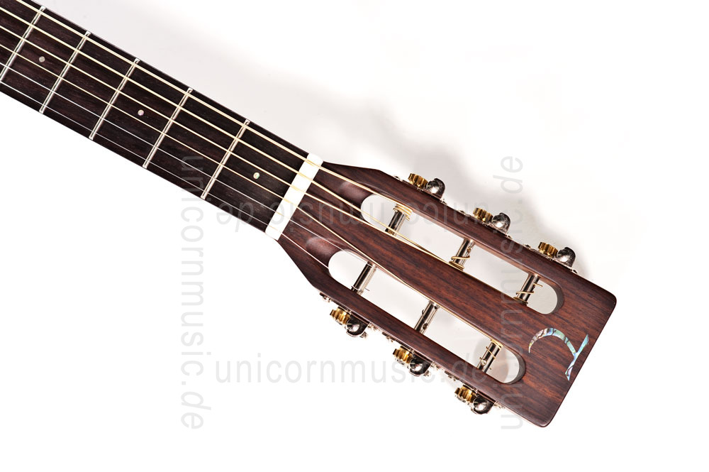 to article description / price Acoustic Guitar TANGLEWOOD TW73 - Parlour Style - Sundance Series - solid top + back